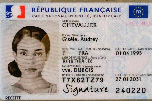Pratique, sécurisée, moderne : la nouvelle carte d'identité arrive le 29 mars en Seine-Maritime