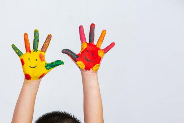 Protection de l'enfance : une loi pour privilégier le bien-être et la sécurité des enfants en famille d'accueil