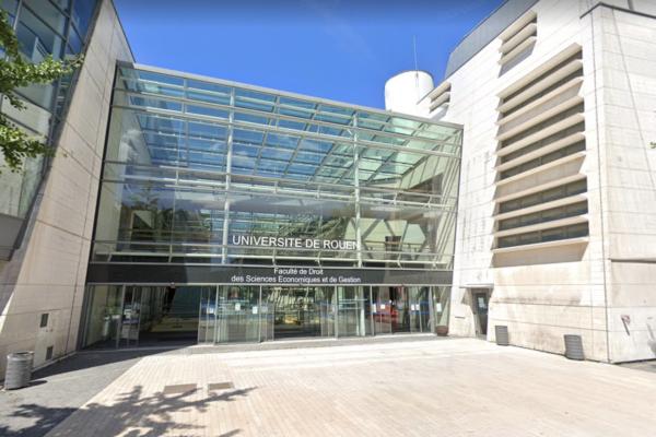 Bonne nouvelle, les étudiants du site de Mont-Saint-Aignan peuvent accéder au restaurant universitaire du site Pasteur