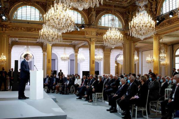 La France demande pardon aux Harkis et annonce la création d'une Commission de réparation